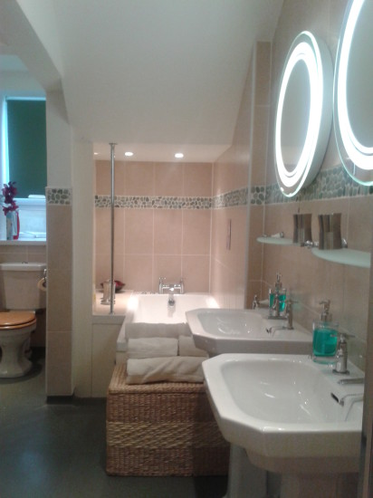 Luxurious bathroom at the Pot and Barrel