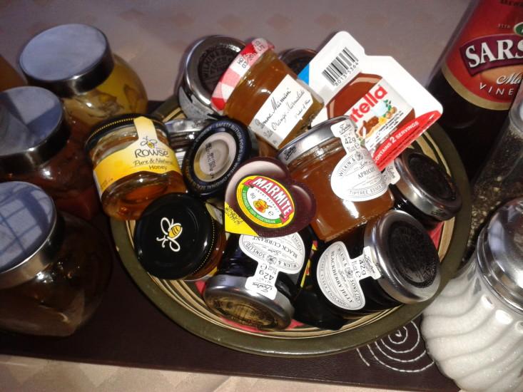Marmalades, honey and conserves
